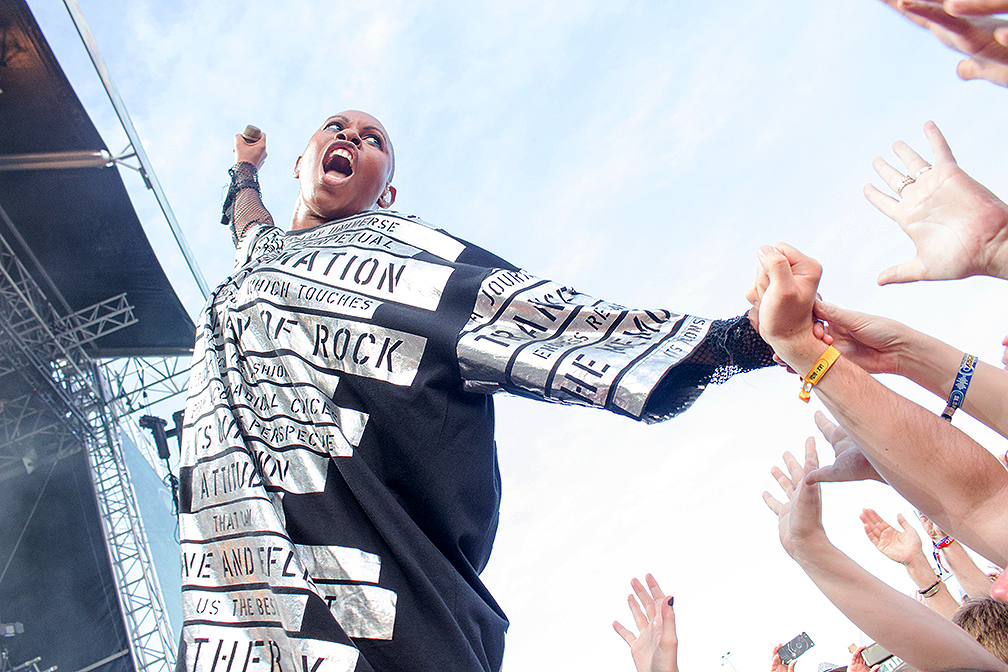 00-Skunk-Anansie-Frequency-2016-xedblog